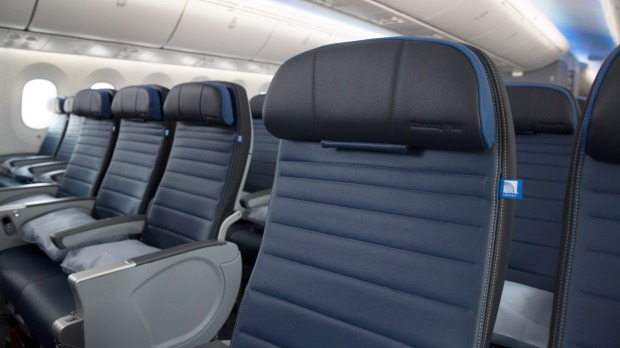Airline Review United Economy Plus B787 9 Dreamliner